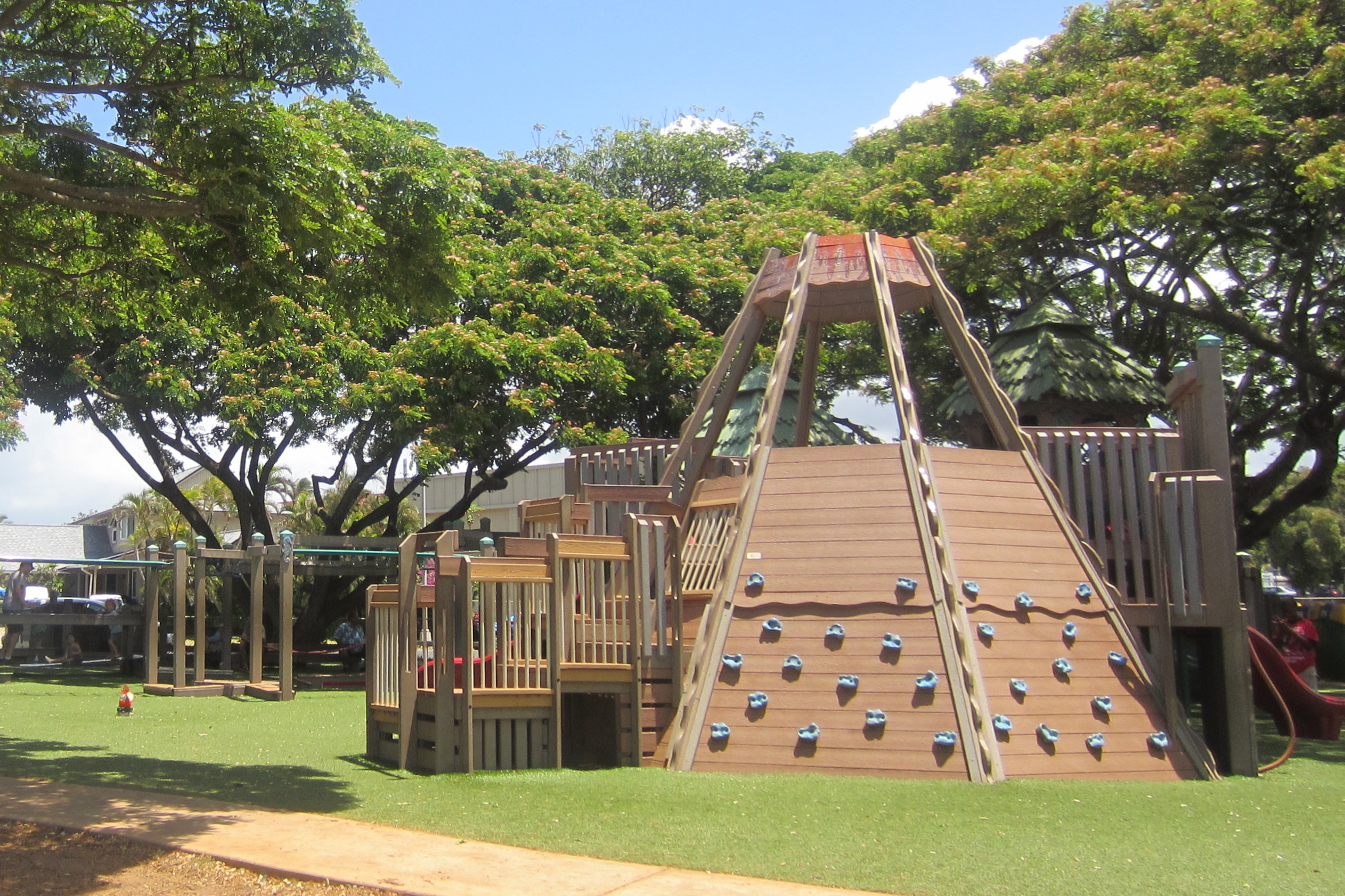 aikahi playground keiki 39 s day out. Black Bedroom Furniture Sets. Home Design Ideas